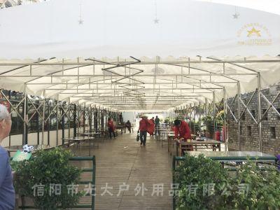 信阳市平桥区某烧烤美食广场定制28米长e世博官方2篷